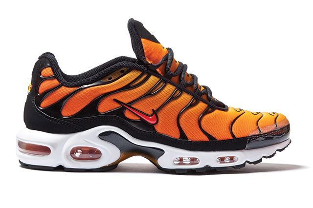 estera métrico Repeler  Foot Locker Celebrate 15 Years Of Nike Air Max Plus - Sneaker Freaker