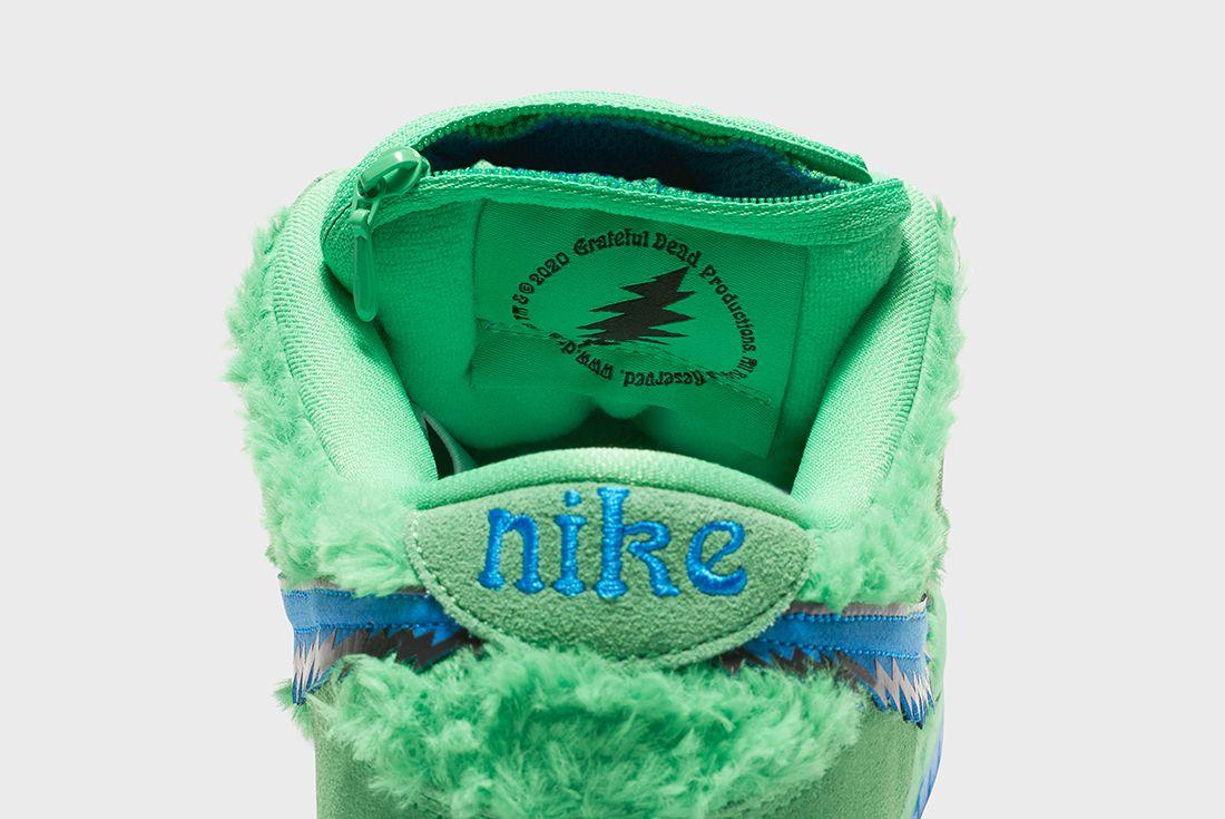 Grateful Dead x Nike SB Dunk Low Green Heel