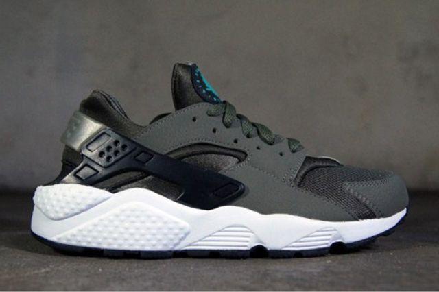 Nike Huarache Iron Green 21