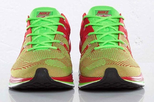 Nike Flyknit Trainer 2