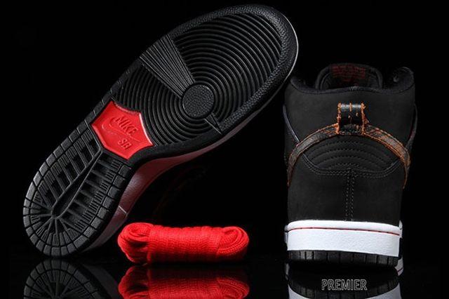 Nike Sb Dunk High Black Orange Distressed Orange 3