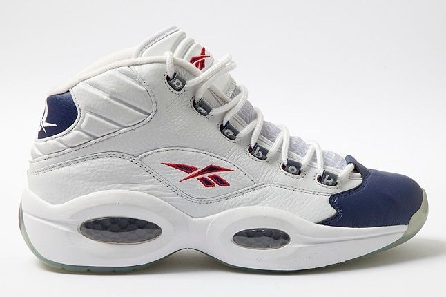 Reebok Question Mid White Pearlized Navy Side 1