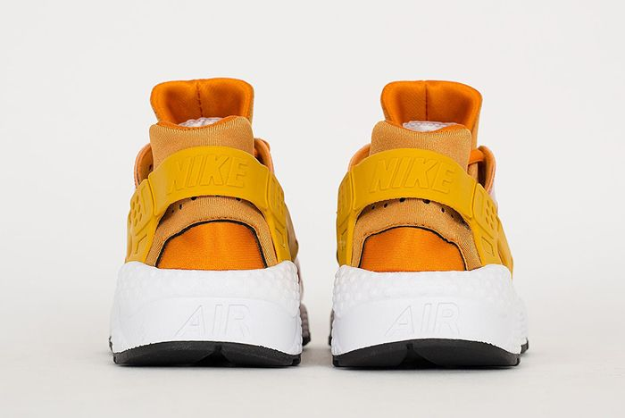 Nike Air Huarache Sunset Gold2