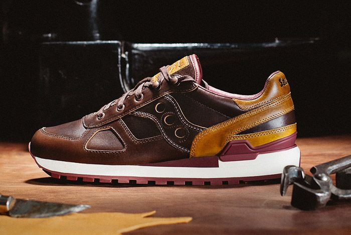 Saucony Wolverine Shadow Brown Leather 1000 Mile Boot Thumb