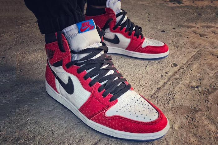 Air Jordan 1 Chicago Crystal