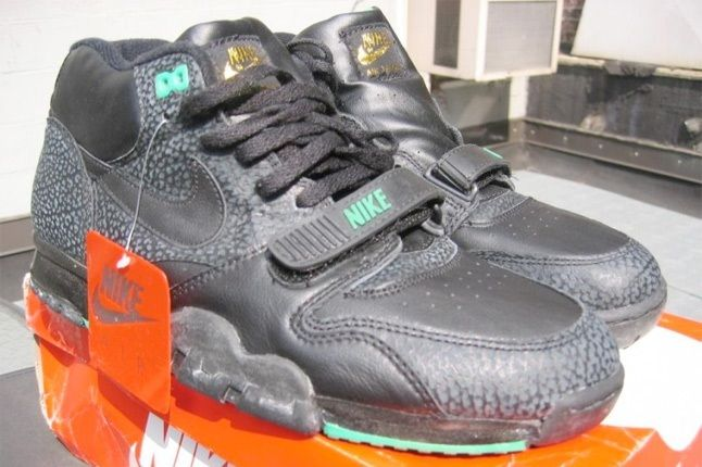 Nike Air Trainer 1 1