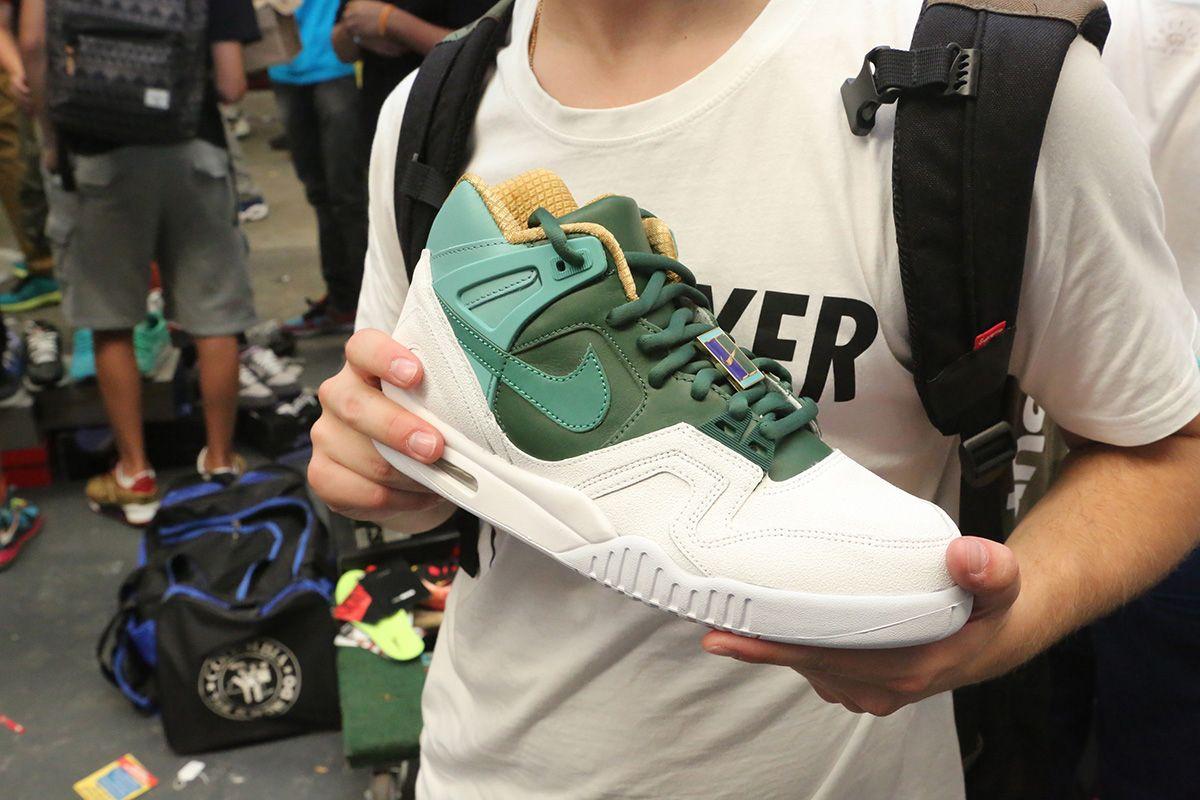 Sneaker Con 72