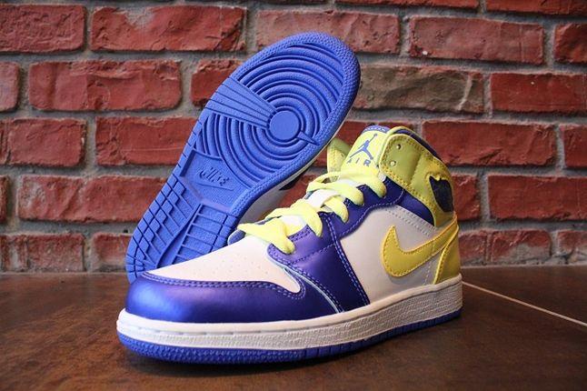 Air Jordan 1 Gs Lavender Mellow Hero 1