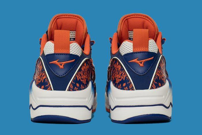 Mizuno Wave Runner Reflex Blue Left Heel Shot