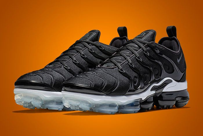 Nike Air Vapormax Plus Black 2