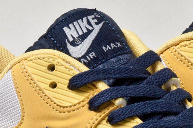 Nike Air Max 90 Yellow Serpent Detail 1