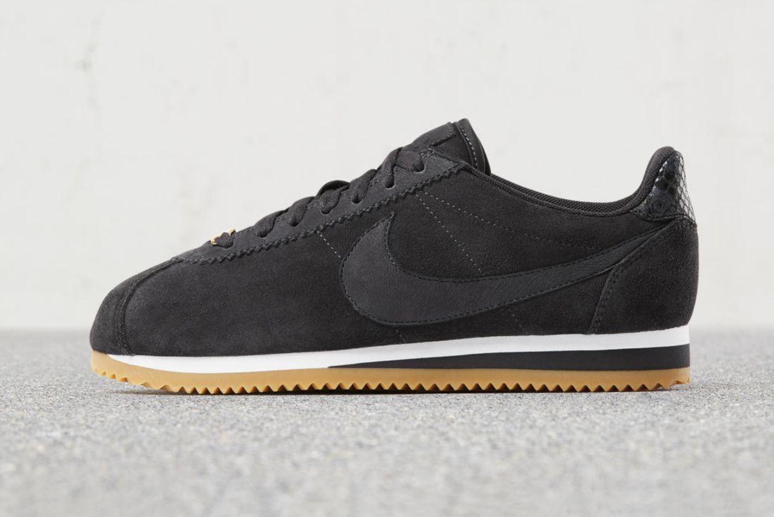 A L C X Nike Cortez 8