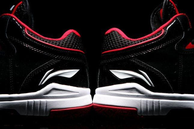 Li Ning Wade Black Red Heel To Heel 1