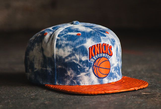 Don C Acid Wash Snapback Knicks