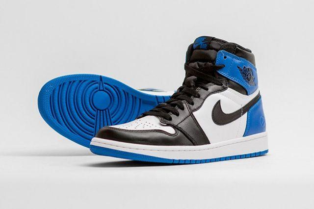 Air Jordan 1 Fragment Design 3