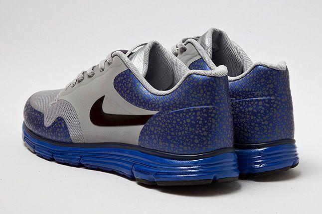 Heel Shot Nike Lunar Safari Wolf Grey 1