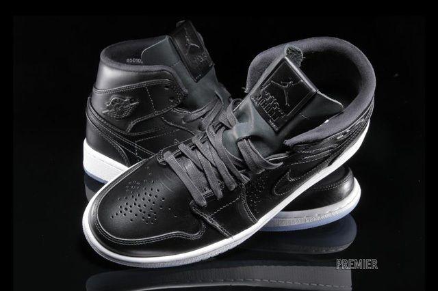 Air Jordan 1 Nouveau Black Ice 1