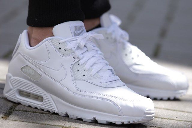 Nike Air Max 90 All White Leather 2