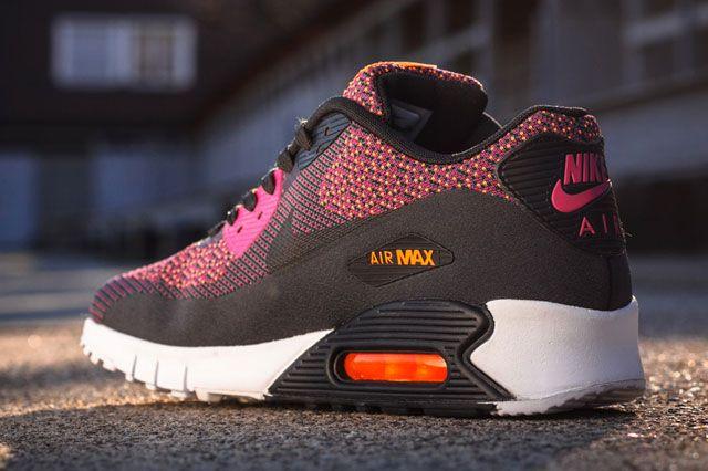 Air Max 90 Jacquard Bright Magenta Heel