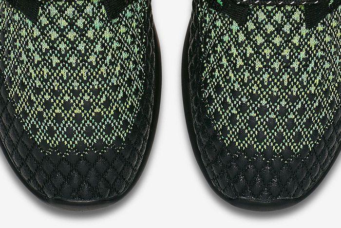 Nike Roshe Two Flyknit Volt 2