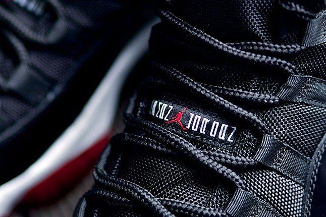 Air Jordan 11 Bred Laces 1