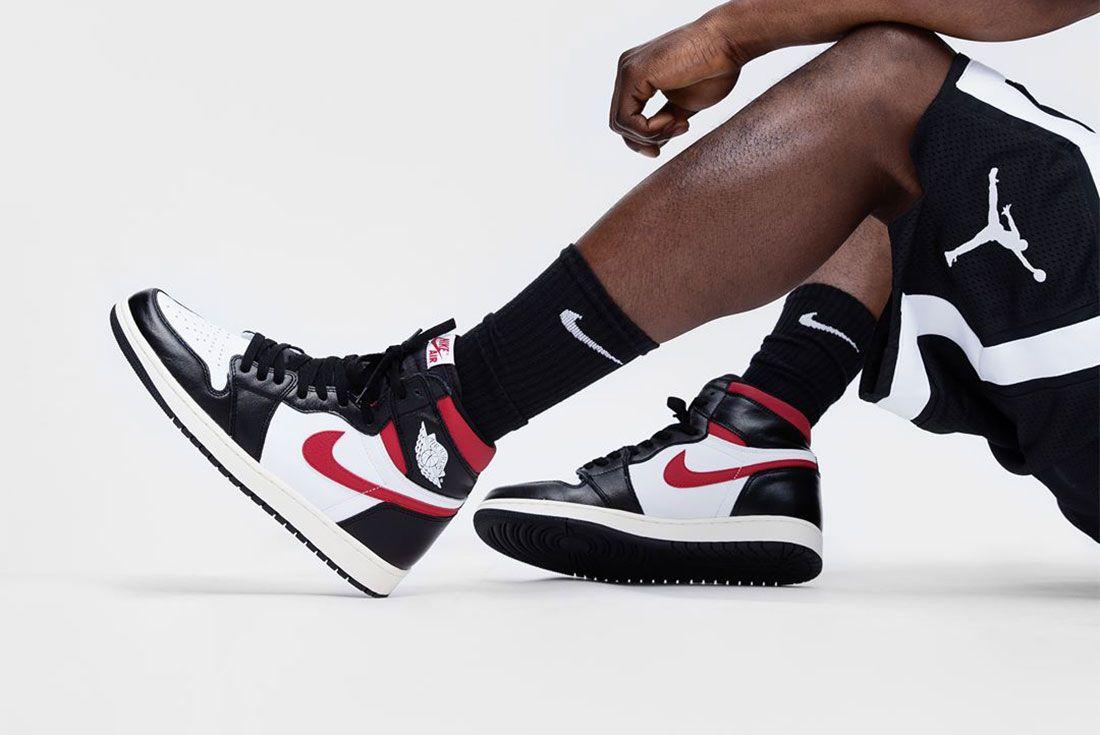 Air Jordan 1 Lateral On Foot Side Shot