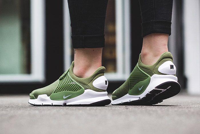 Nike Sock Dart Wmns Palm Green 2