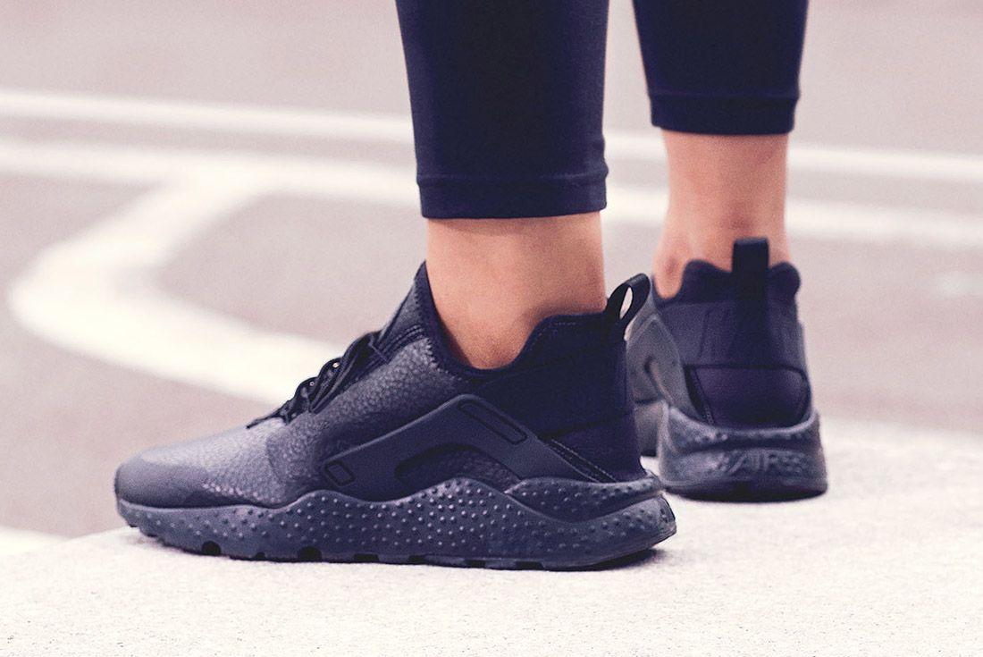 Nike Air Max Thea Premium Womens Beautiful Powerful Black Style 1