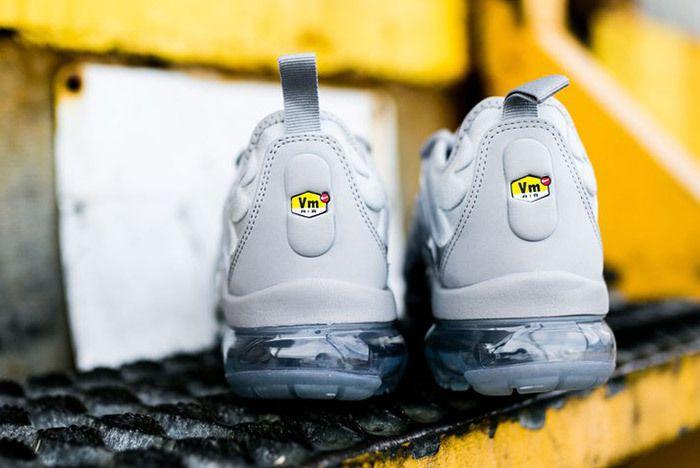 Nike Air Vapor Max Plus Wolf Grey Dark Grey Sneaker Freaker 7