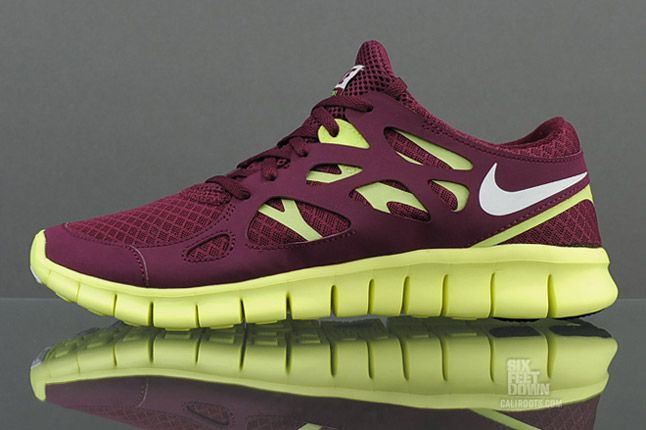 Nike Free Run 2 Bordeaux Profile 1