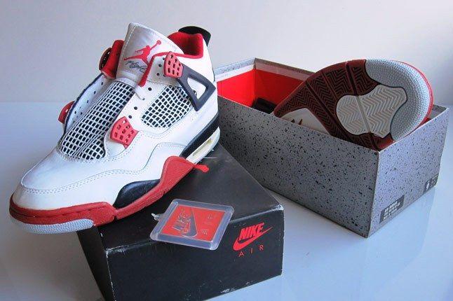 Jordan 4 1