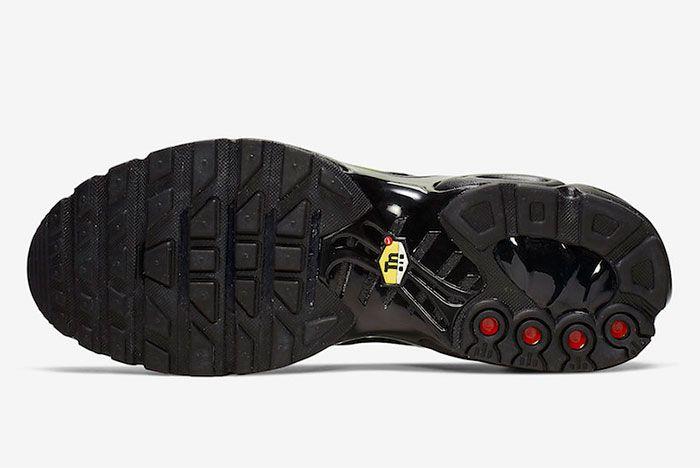 Nike Air Max Plus Black Metallic Gold Cj9696 001 Sole Shot