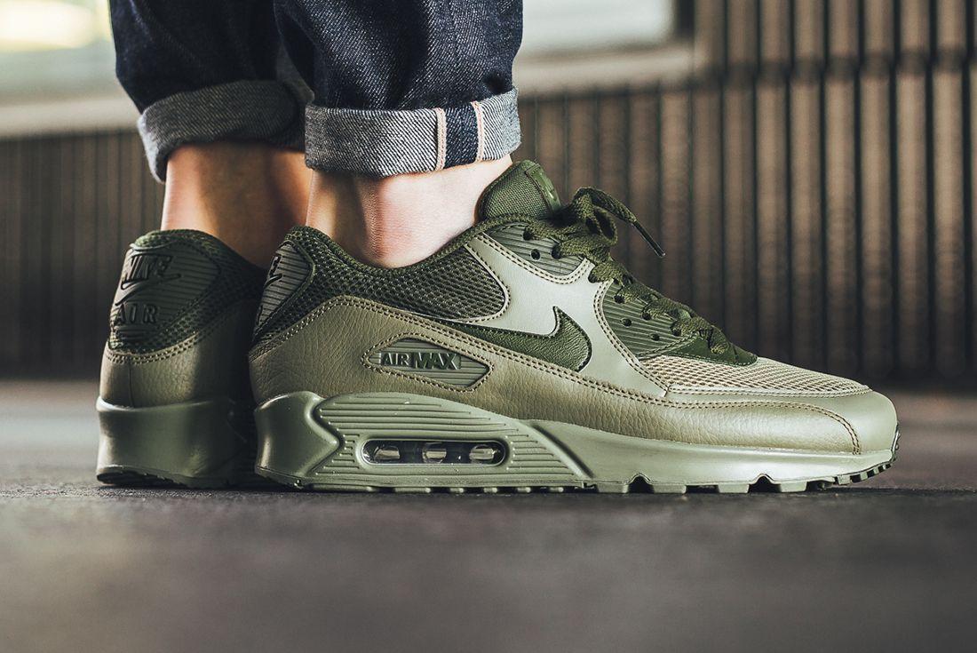 Nike Air Max 90 Legion Green 2