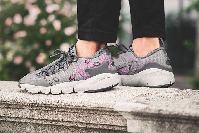 Nike Air Footscape Sakura 2