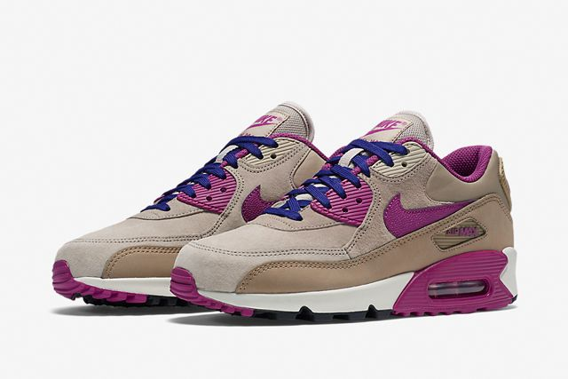 Nike Am90 Wmns Lilac 2