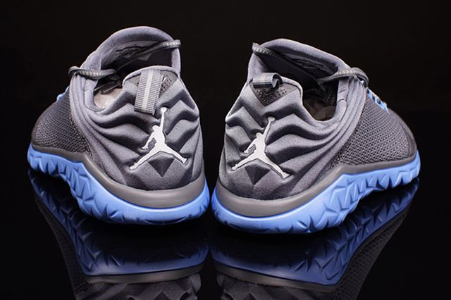 Jordan Flight Flex Trainer Grey University Blue 2