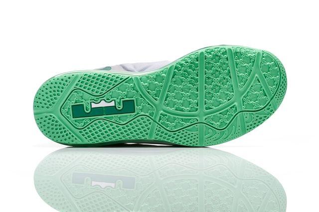 Nike Basketball 2014 Easter Collection 11