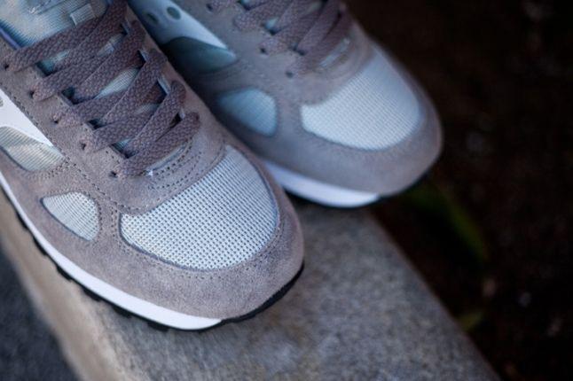 Saucony Shadow Original Grey Toe Detail 1