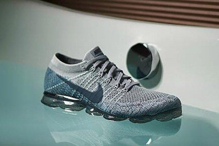 Nike Air Vapormax Blue Speckle Sole 2