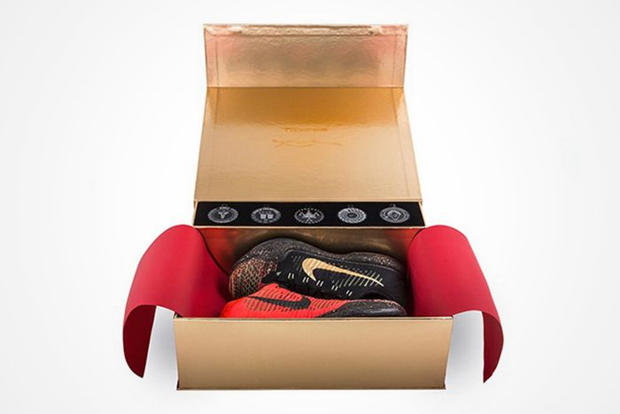 Nike Basketball Christmas 2015 Packthumb