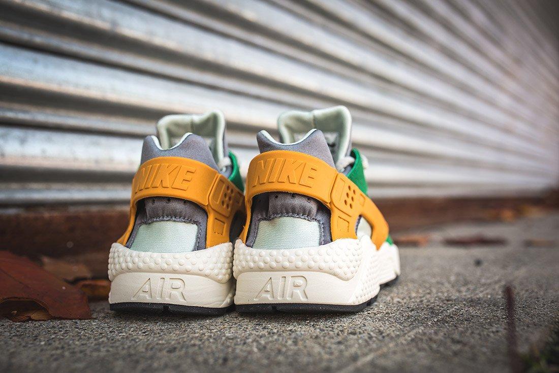 Nike Air Huarache Se Pine Green Gold Leaf8