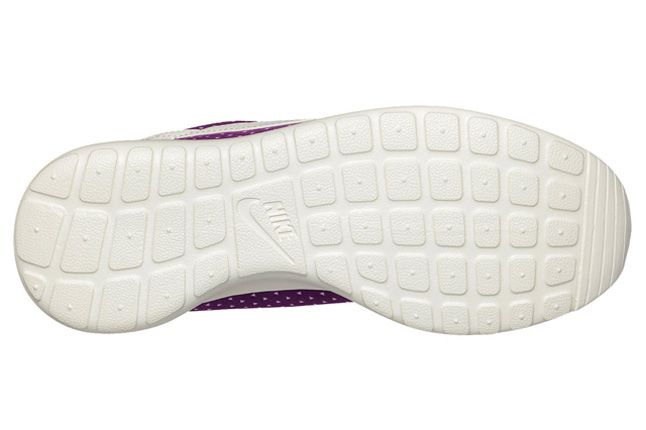 Nike Roshe Run Purple Rain Sole 1