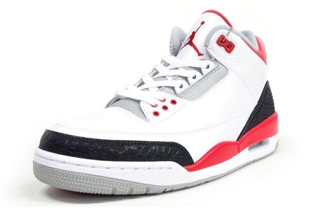 Air Jordan 3 Fire Red Toe Quarter2