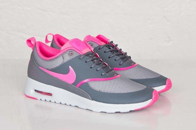 Nike Air Max Thea Pink Pow 3