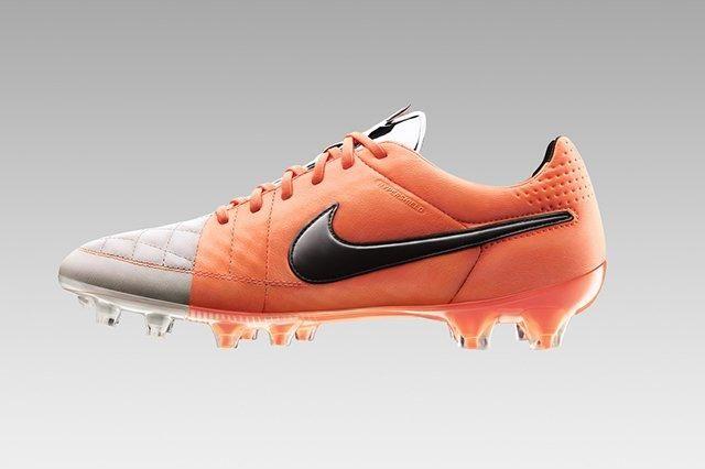 Nike Tiempo V 5