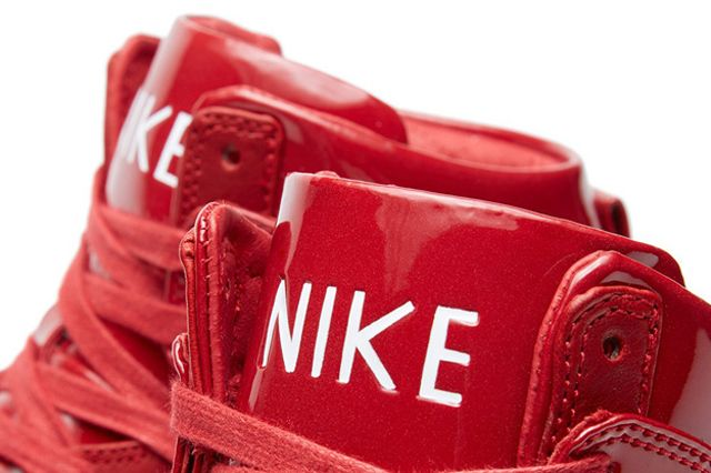 Nike Dunk Lux Gym Red 4