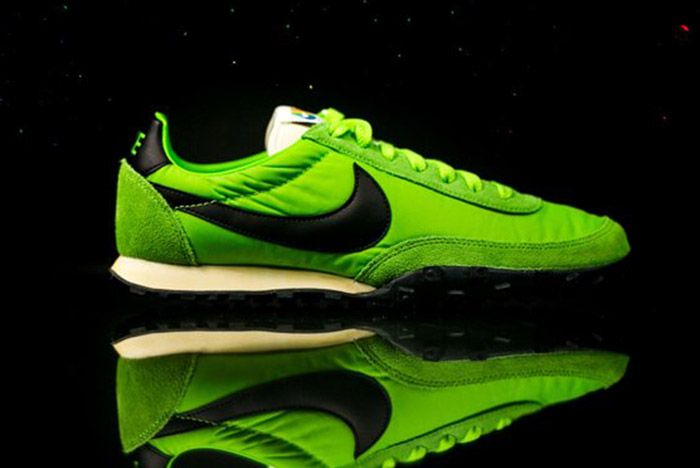 Nike Waffle Racer Premium 17 Action Green 7