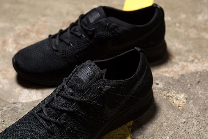 Nike Flyknit Trainer Triple Black Small