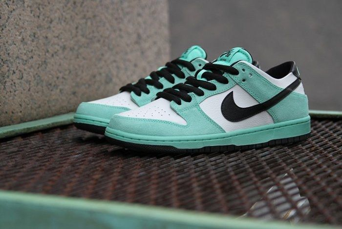 Nike Sb Dunk Low Sea Crystal 8