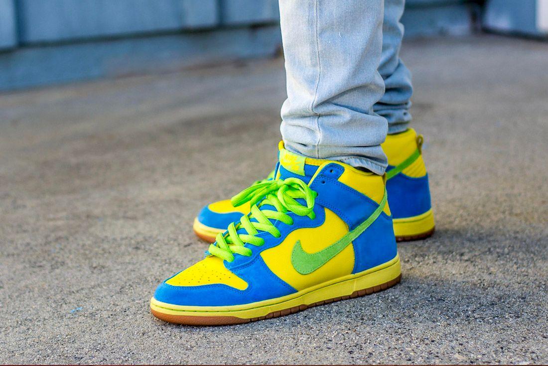 Nike SB Dunk High 'Marge'